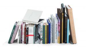 25 vinnarböcker presenterades i Kungliga bibliotekets hörsal den 23 mars 2017.